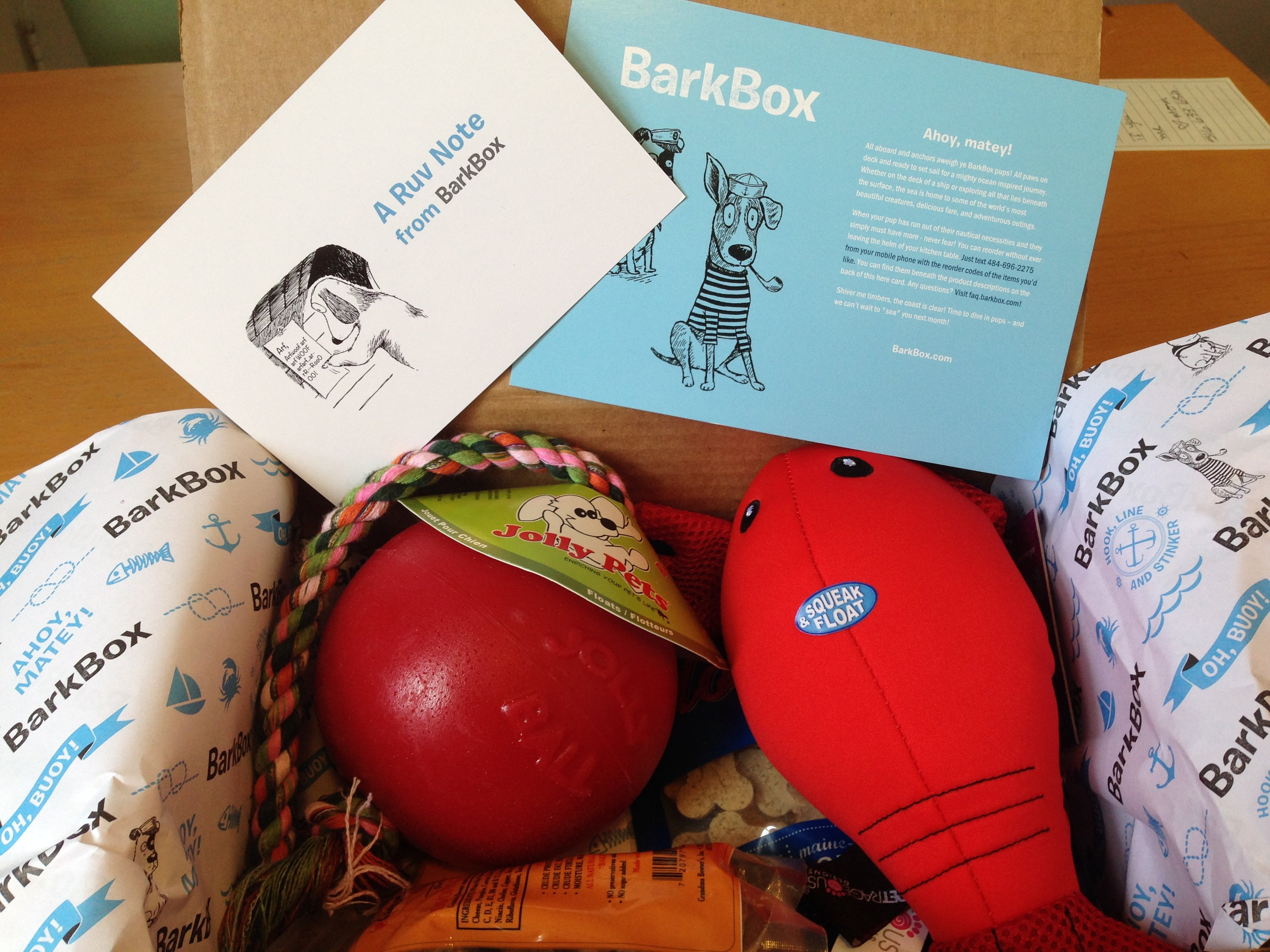 BarkBox Review: August 2014